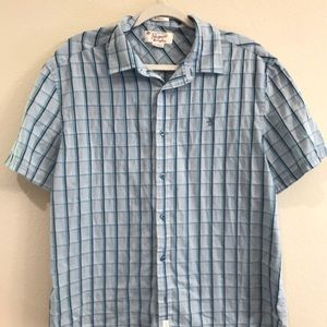 An original penguin shirt, classic fit, blue plaid